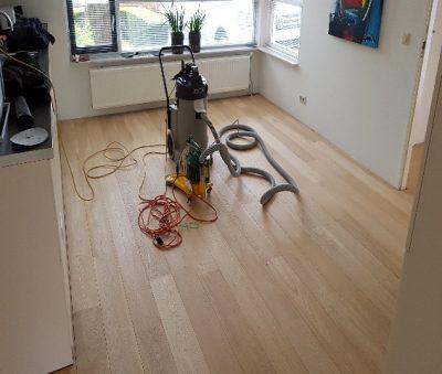 Eiken houten vloer lichter maken