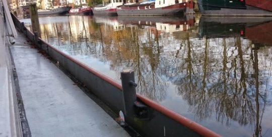 eiken vloer schuren in woonark Groningen
