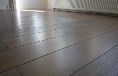 Eiken houten vloer in de grey wash