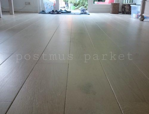 Houten vloer white wash lakken